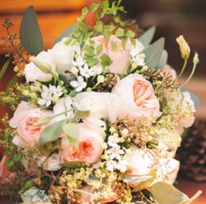 Rachel_bouquet_closeup